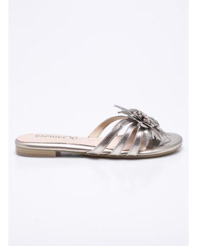 Сандалии кожаный серебряного цвета Caprice