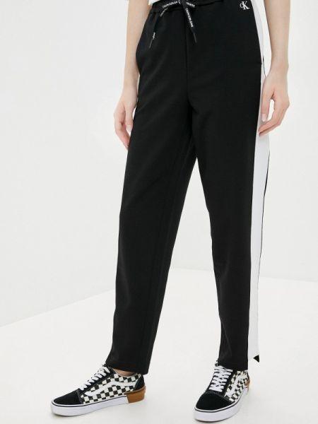 Спортивные брюки черные весенний Calvin Klein Jeans