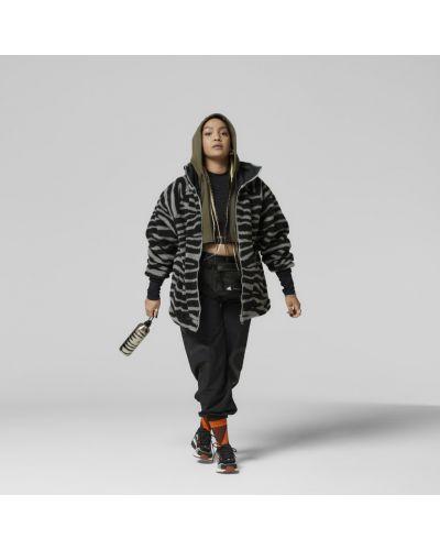 Спортивная куртка - серая Adidas