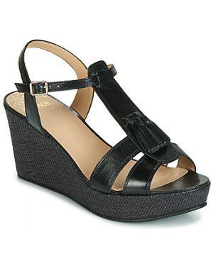 Czarne sandały Bocage