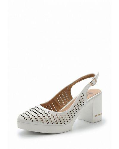 Кожаные туфли на каблуке Baden
