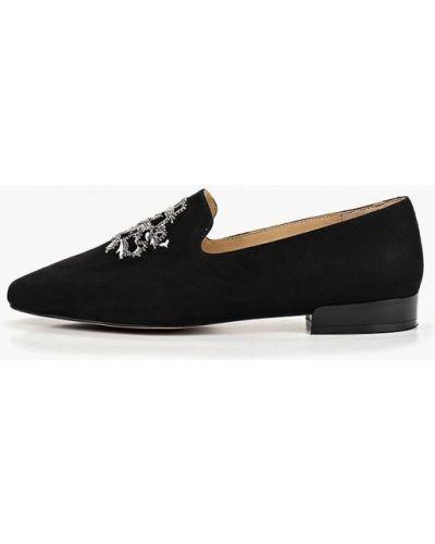 Лоферы черные на каблуке Vitacci