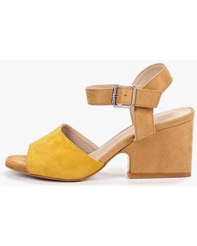 Босоножки желтый на каблуке Martin Pescatore