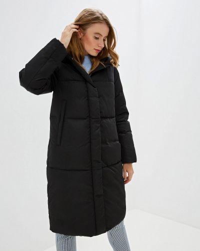 Черная зимняя куртка Madzerini