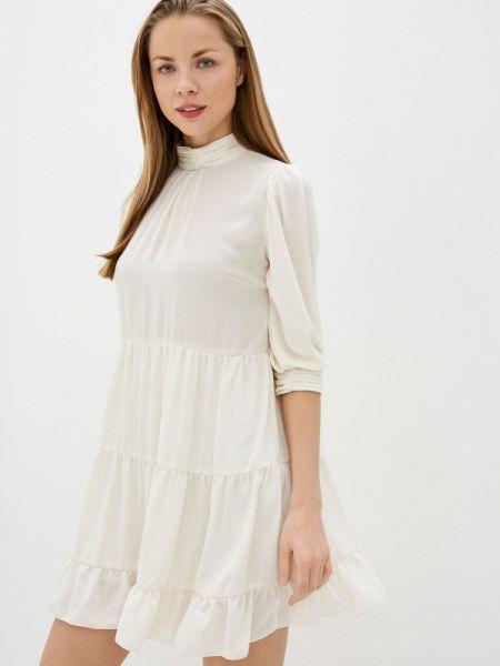 Платье прямое бежевое Imperial