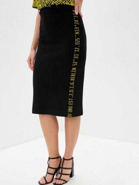 Черное облегающее платье Unq
