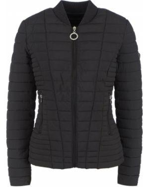Утепленная куртка черная на молнии Guess