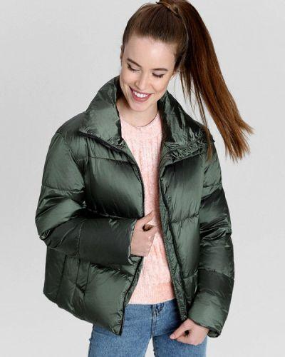 Утепленная зеленая куртка O'stin