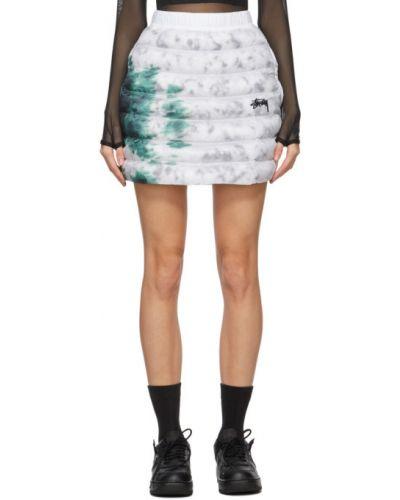 Ciepła czarna spódnica z haftem Nike