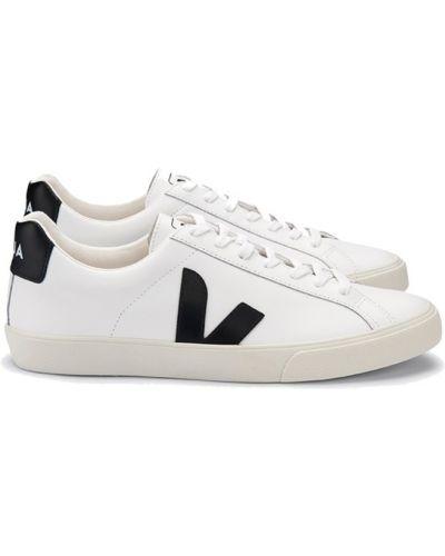 Białe tenisówki Veja