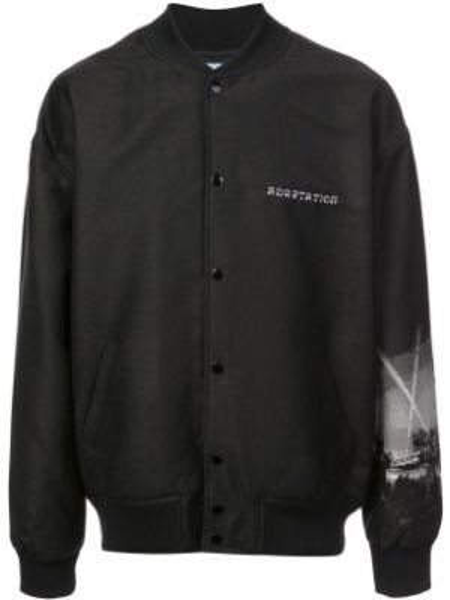 Czarna kurtka wełniana z printem Adaptation