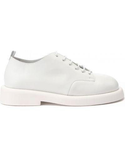 Кожаные белые туфли закрытые Marsèll