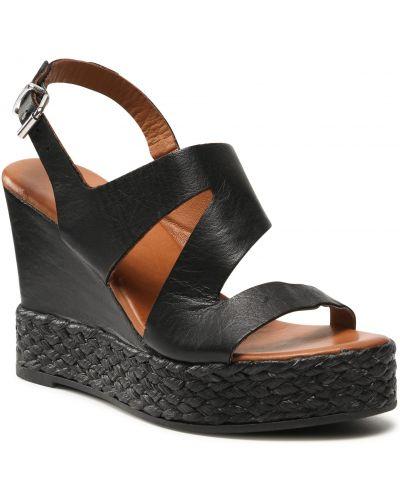 Czarne sandały casual Inuovo
