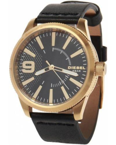 Żółty złoty zegarek na skórzanym pasku Diesel