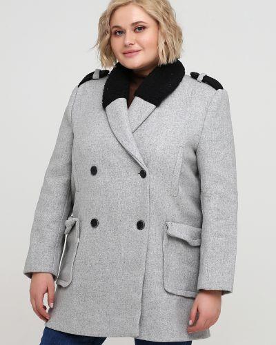 Серое пальто из искусственного меха на пуговицах Kookai