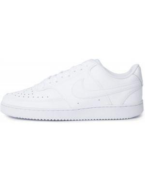 Белые текстильные баскетбольные кеды на шнуровке Nike