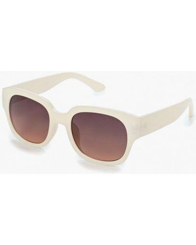 Бежевые солнцезащитные очки Topman