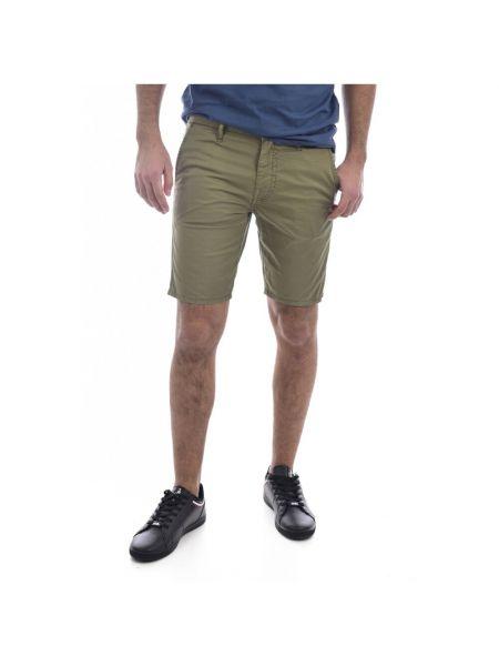 Zielone bermudy jeansowe Guess