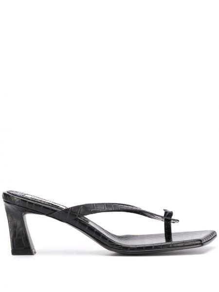 Открытые черные босоножки на каблуке квадратные Reike Nen