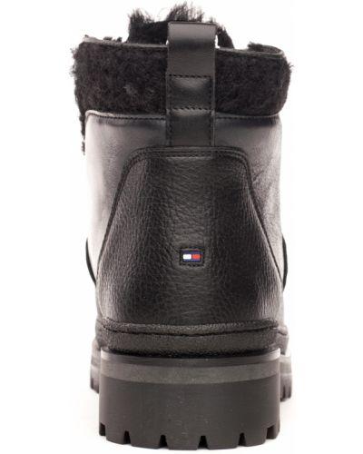 Ботинки - черные Tommy Hilfiger