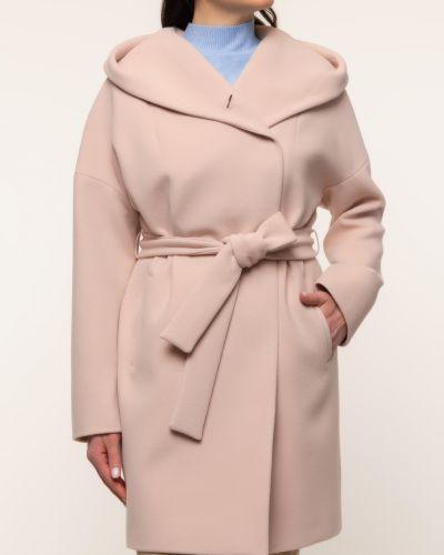 Бежевое драповое пальто с капюшоном каляев