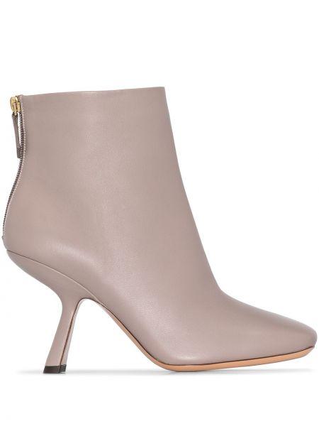 Buty na pięcie z prawdziwej skóry na pięcie plac z ozdobnym wykończeniem Nicholas Kirkwood