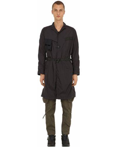 Czarny płaszcz z paskiem z nylonu Nilmance