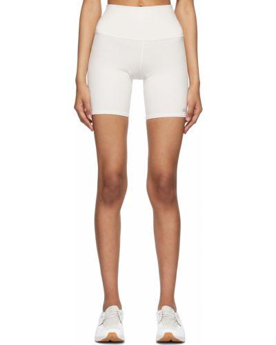 Белые трикотажные шорты Alo