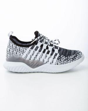 Спортивные белые текстильные кроссовки Saijun