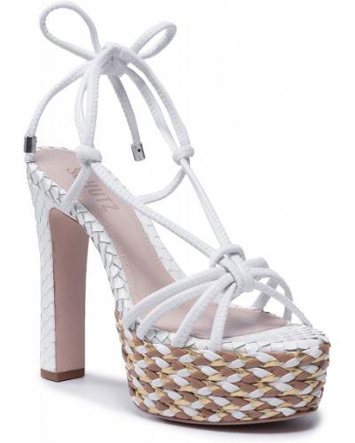 Białe sandały casual Schutz