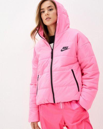 Розовая теплая куртка Nike
