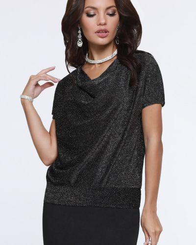 Нарядная с рукавами трикотажная блузка Dstrend