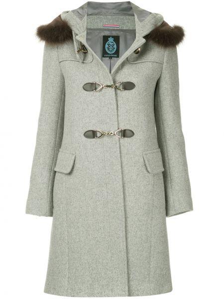 Серое длинное пальто с капюшоном на пуговицах Guild Prime