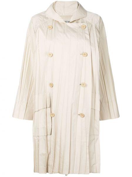 Бежевый длинное пальто двубортный с карманами Issey Miyake Pre-owned