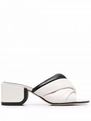 Sandały skórzane na obcasie - białe Nicholas Kirkwood