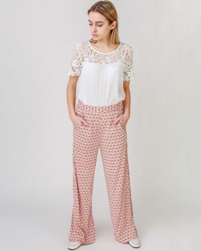 Розовые брюки свободного кроя с декоративной отделкой Numph