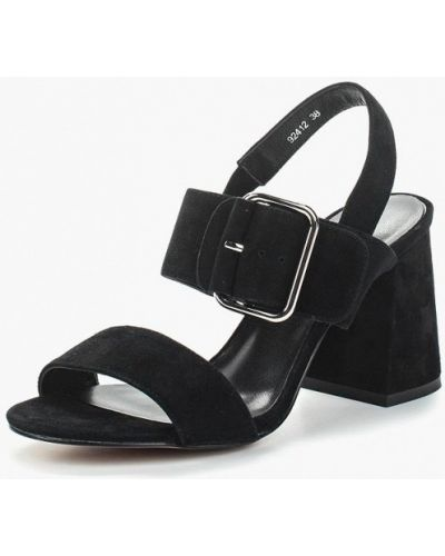 Черные босоножки на каблуке Vitacci