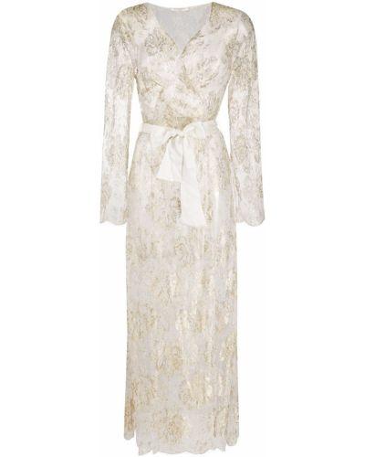 Белый шелковый халат с вышивкой Gilda & Pearl