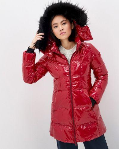Красная куртка Tatras