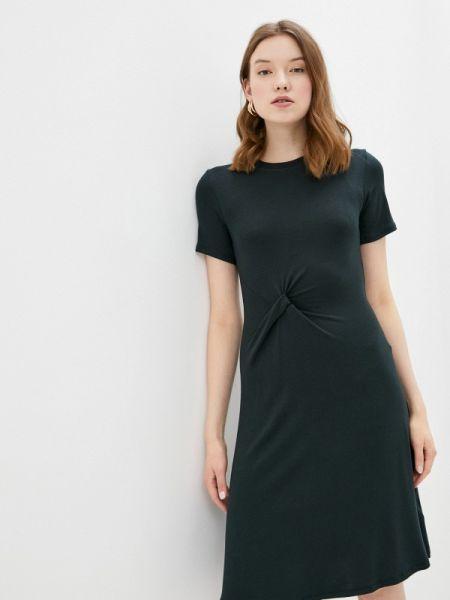 Платье прямое зеленый Sela