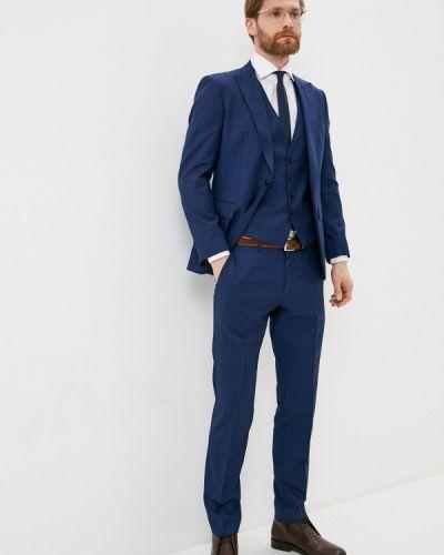 Костюмный синий костюм классический Boss