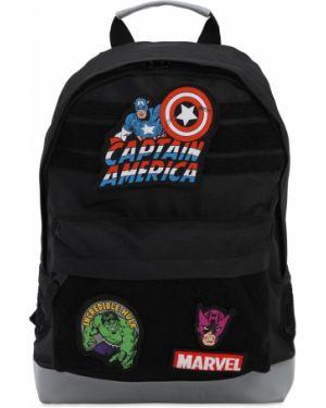 Czarny plecak z haftem Fabric Flavours