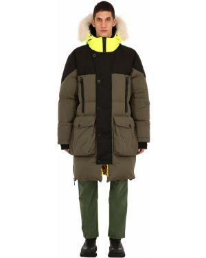 Zielony płaszcz z kapturem z haftem Griffin