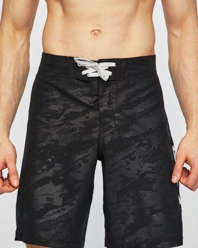 Спортивные шорты прямые с карманами Under Armour