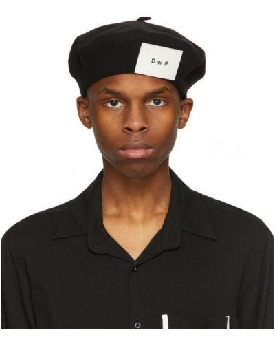 Czarny beret wełniany Daniel W. Fletcher