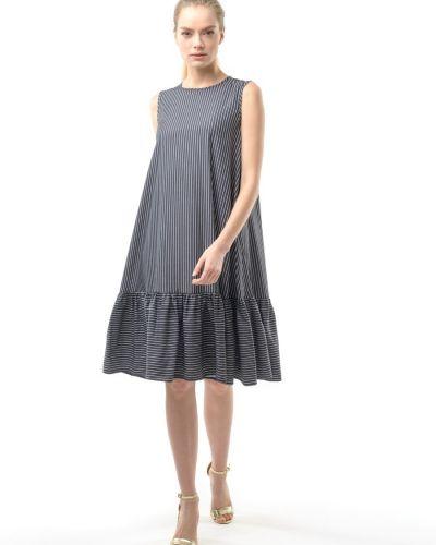 Свободное повседневное с рукавами платье миди Remix