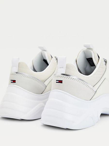 Белые кроссовки Tommy Hilfiger