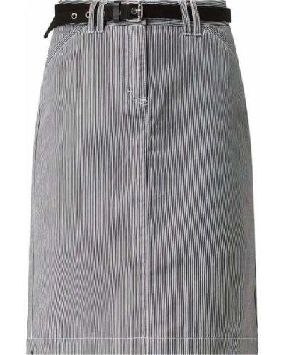 Czarna spódnica w paski z paskiem Montego