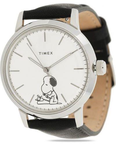 С ремешком серебряные часы на кожаном ремешке круглые Timex
