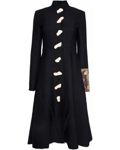 С рукавами черное пальто на пуговицах A.w.a.k.e.